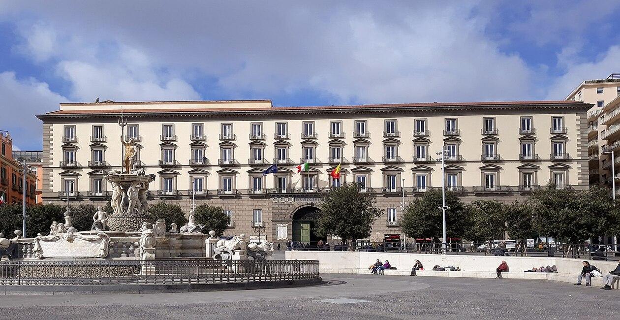 Read more about the article Palazzo San Giacomo – Napoli